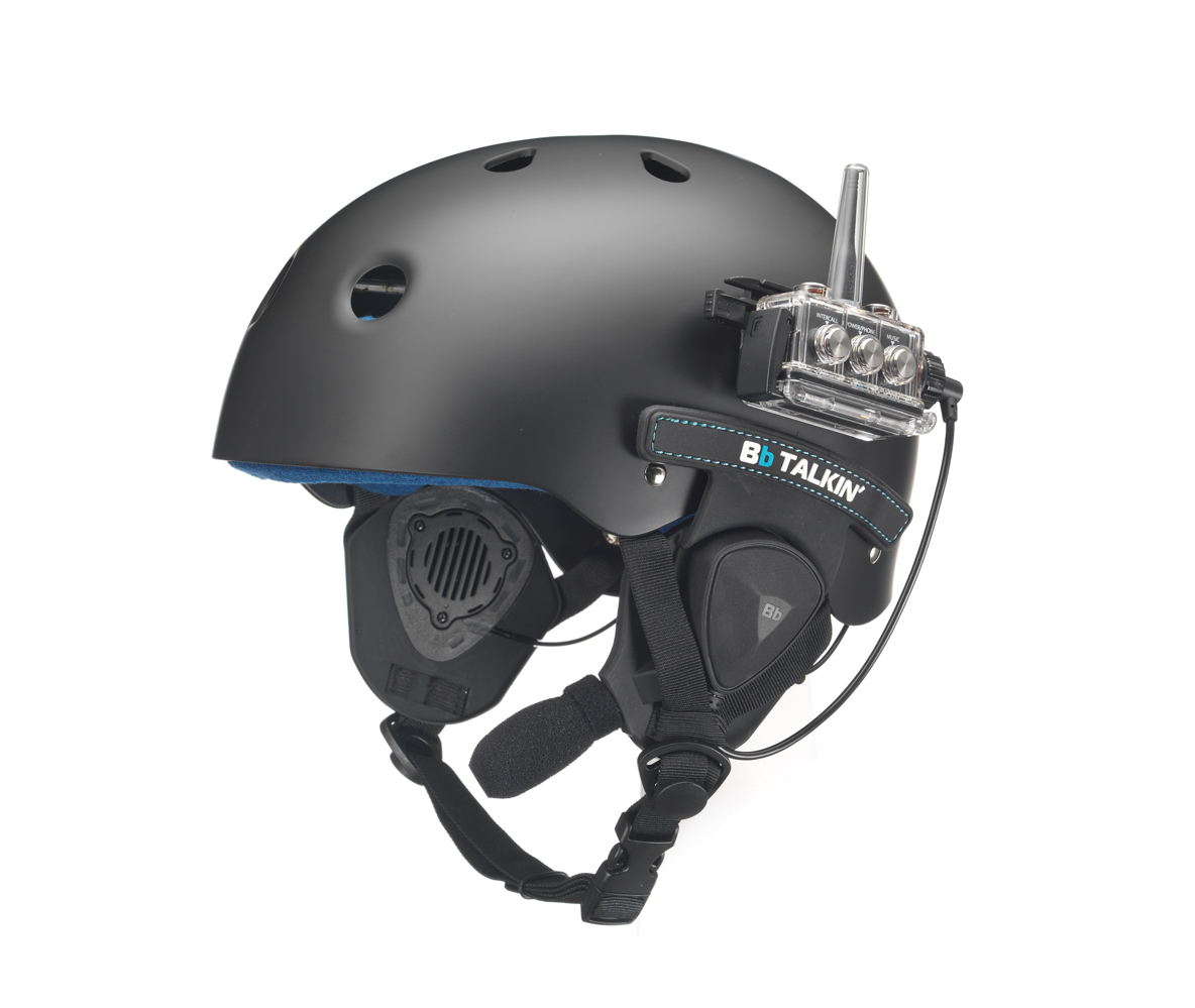 Water helmet with BbTALKIN helmet speaker pads